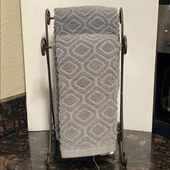 Princess House Other - Kitchen towel rack